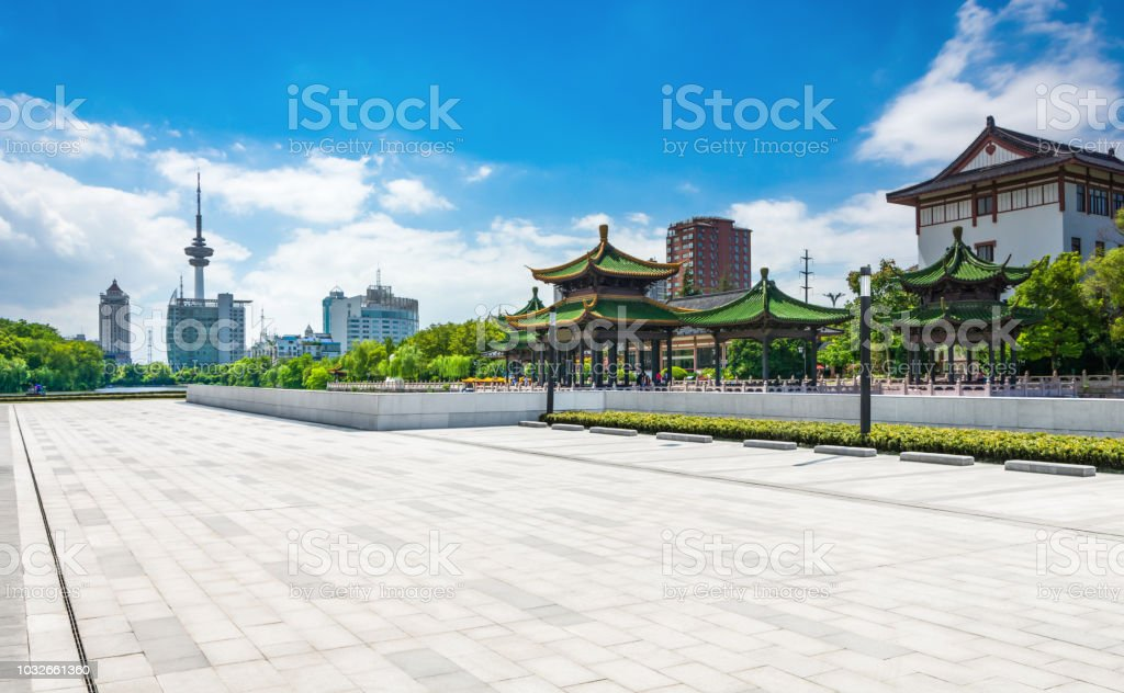 There is space in front of the pavilion - foto stock