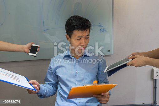 475417253istockphoto There're many things a boss need to complete per day 495668074