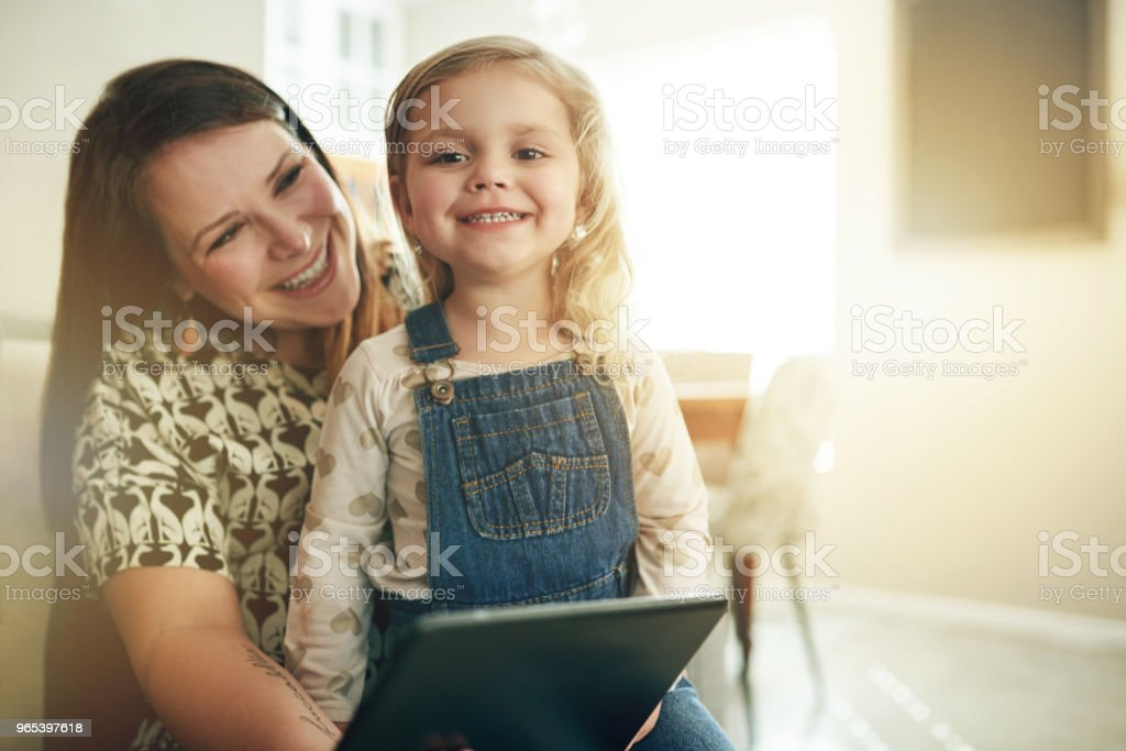 There's a lot to learn about tech from Mom zbiór zdjęć royalty-free
