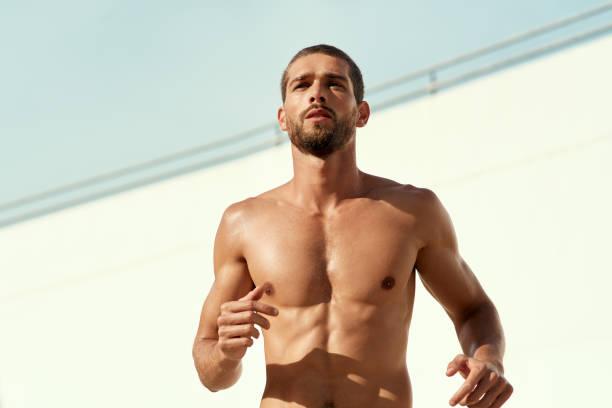 there's always time for cardio - a petto nudo foto e immagini stock