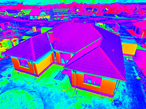 Thermal - Thermographic aerial view of a modern new suburban house – Foto
