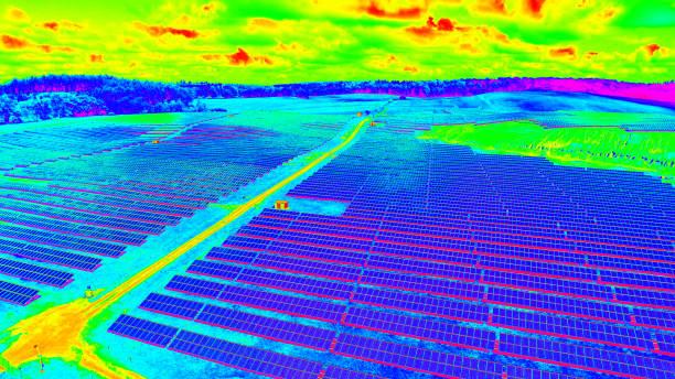 Thermografische Luftaufnahme eines Photovoltaik-Parks - Solarfeld – Foto