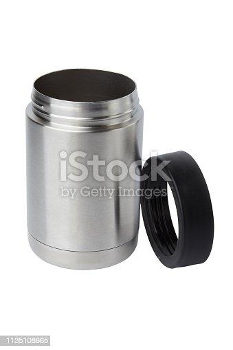 467147506 istock photo Thermos mug 1135108665