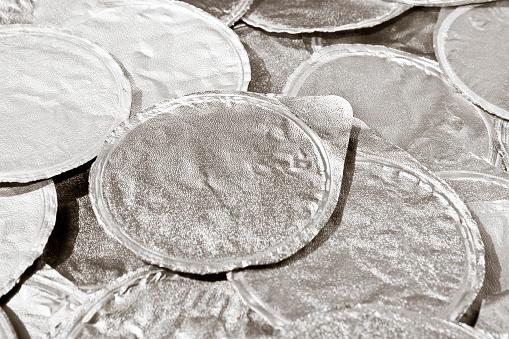 Värmeförseglad Aluminium Locket För Yoghurt Överlappade Varandra-foton och fler bilder på Aluminium