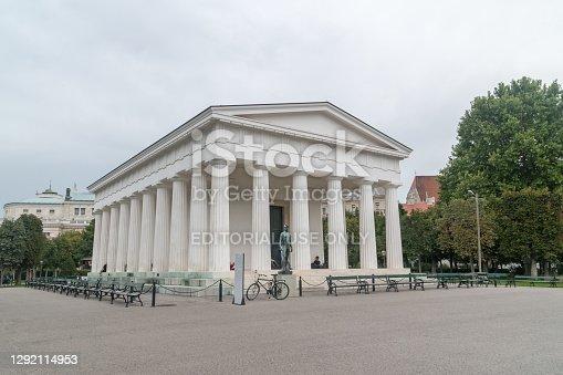istock Theseus Temple in the Volksgarten public park. 1292114953