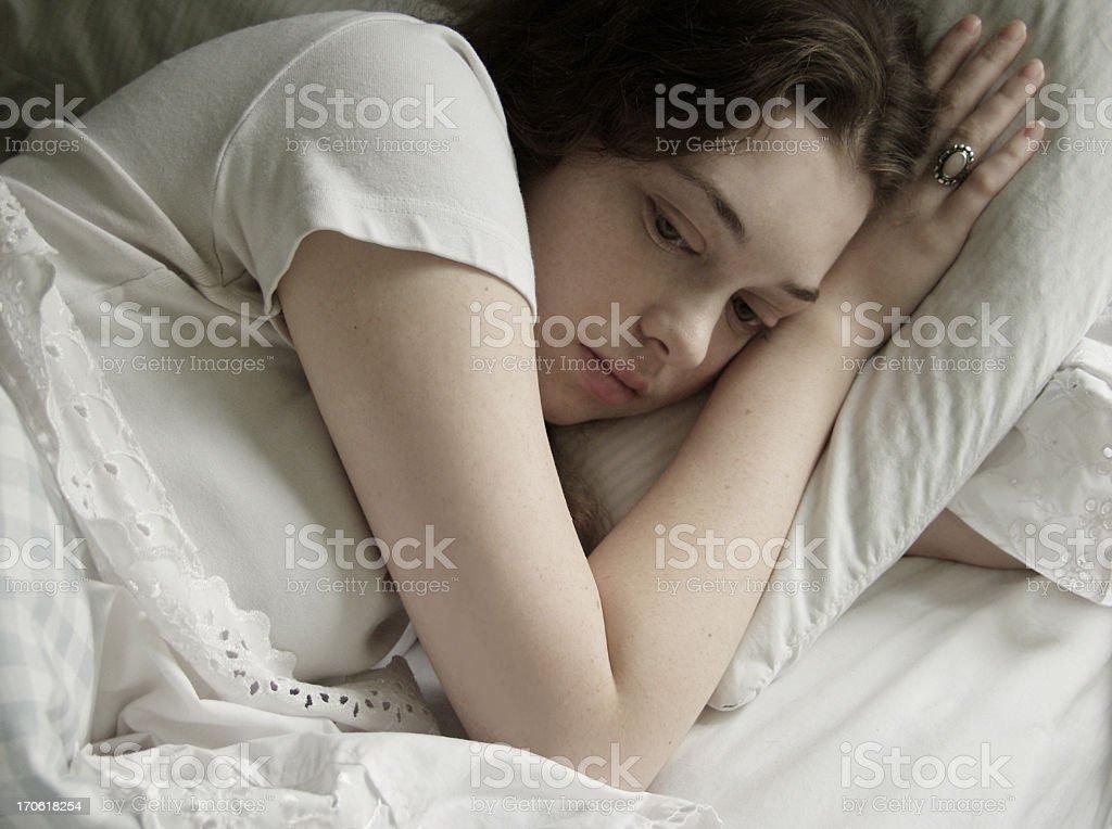 Denken im Bett – Foto