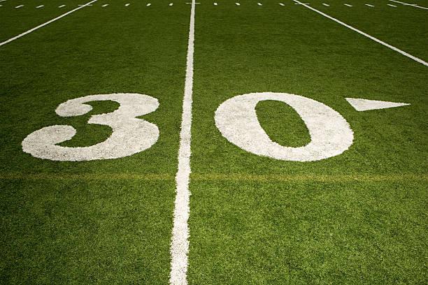 30 yard-linie - bester nagellack stock-fotos und bilder