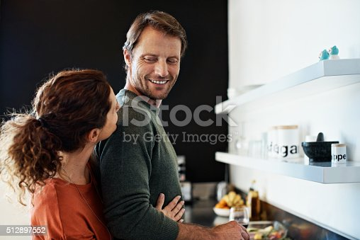 istock This dinner is getting romantic already 512897552