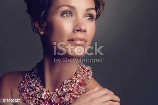 istock This necklace will get her noticed 513990437