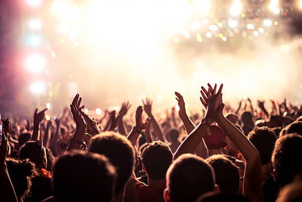 This partys on fire picture id494388654?b=1&k=6&m=494388654&s=612x612&w=0&h=sg0kg n3zych0jarhmvq9j9o7pth6gbmcnfcamaprco=
