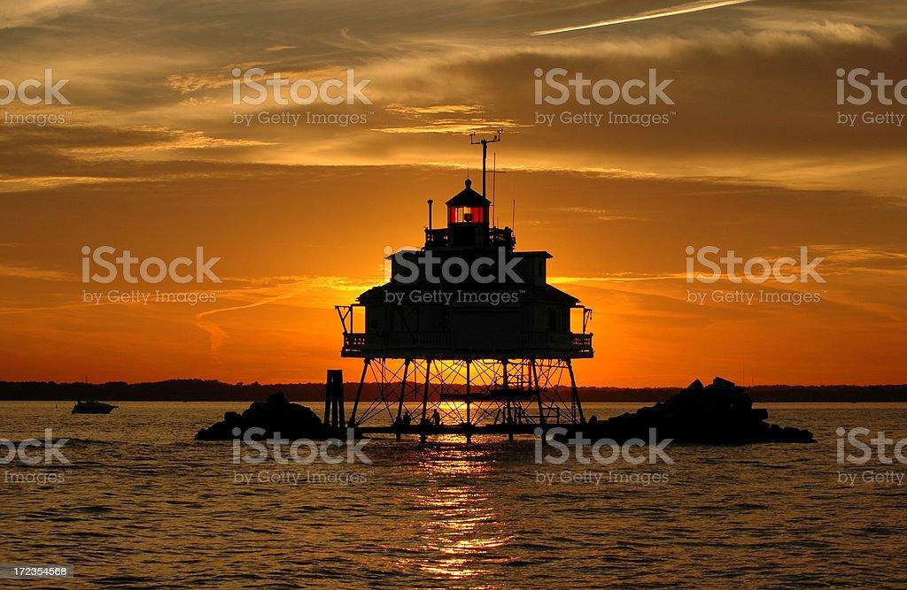 Thomas Point Lighthouse en Golden luz foto de stock libre de derechos