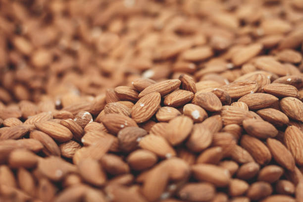 thousands of almonds - mandorla foto e immagini stock