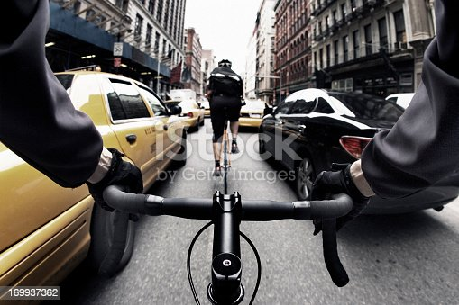 istock Threading the Needle in NYC 169937362