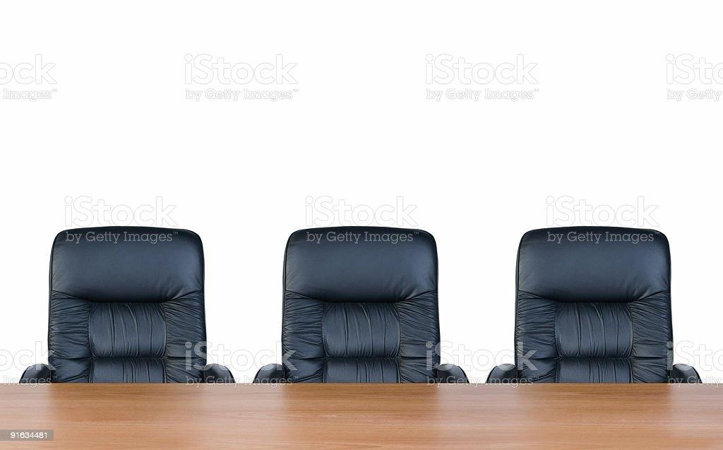 Drei Sessel und Tisch, isoliert auf weißem Hintergrund – Foto