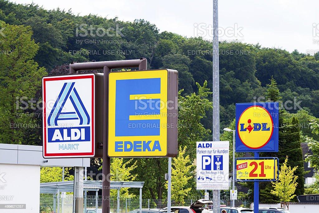 Tres grandes discounters alemán - foto de stock