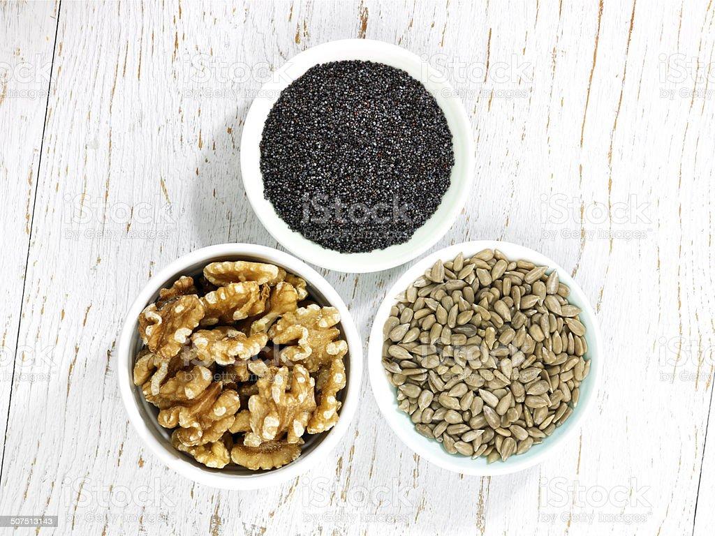 Tres y tazones - Foto de stock de Alimento libre de derechos