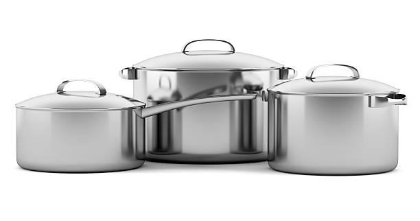 três recipientes de cozinha isolado em fundo branco - panela utensílio imagens e fotografias de stock