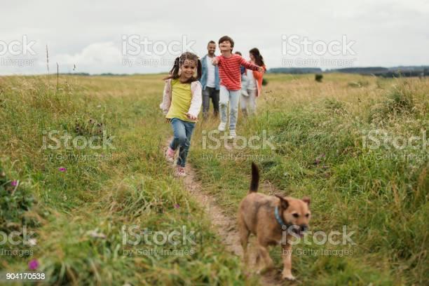 Three generation out walking picture id904170538?b=1&k=6&m=904170538&s=612x612&h=njy6ttlfecnjtewpmkymh2ihmwerdxerexiw53kpiwe=
