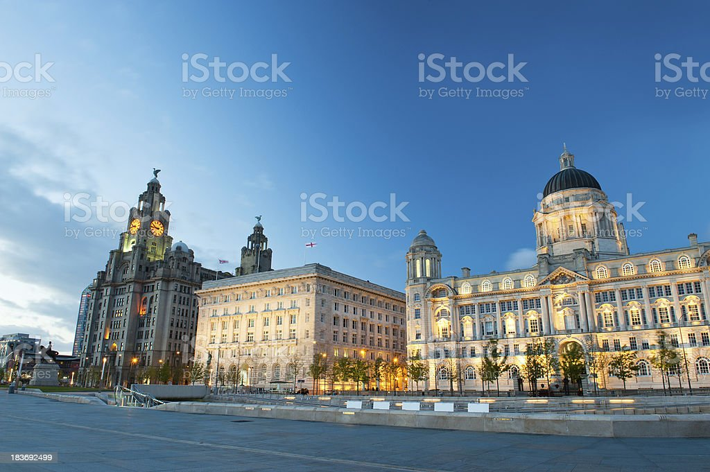 Three Graces, buildings on Liverpool's waterfront at night stock photo