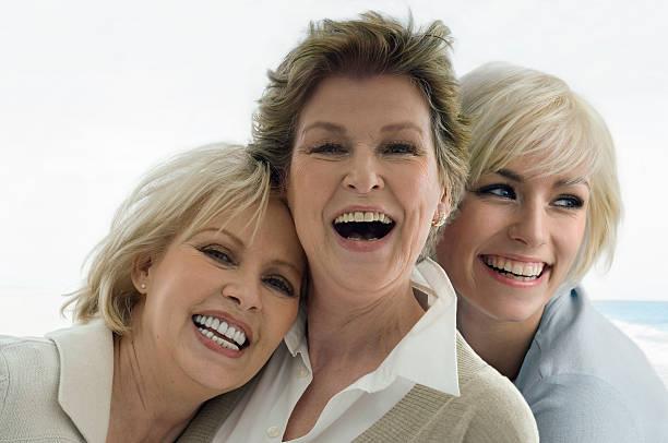 Drei Damen – Foto