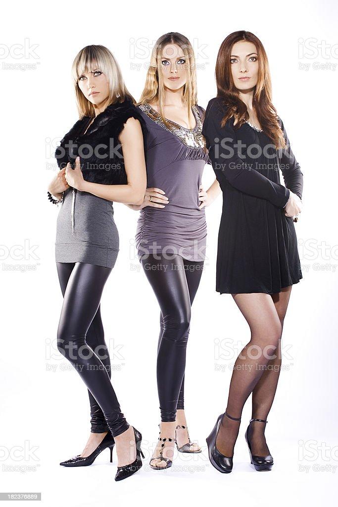Foto De Três Modelos Posando E Mais Banco De Imagens De Adulto Istock