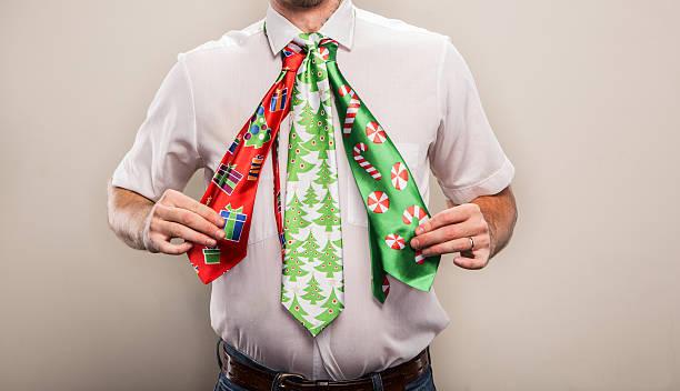 Drei naiv Weihnachten Krawatten auf ein Büro Mann an Feiertagen – Foto
