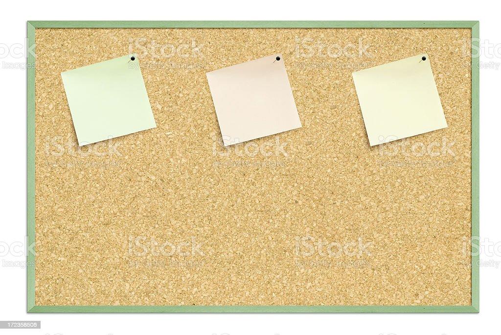 Tres notas thumbtacked en corkboard foto de stock libre de derechos