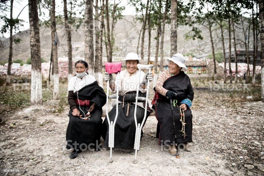 Fauen alte Frauen im
