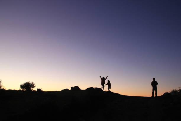 Drei Menschen Silhouette, Neuseeland – Foto