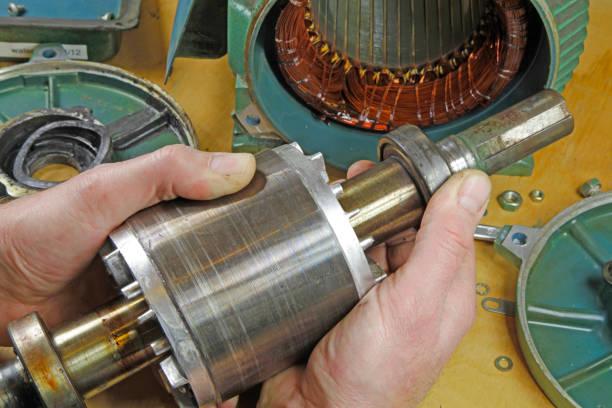 三相非同步電動機軸承維修 - 電子摩打 個照片及圖片檔