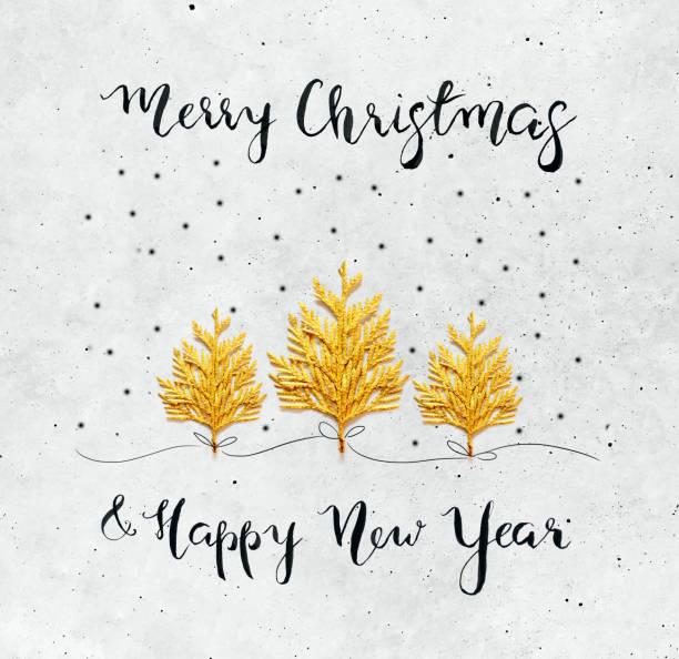 3 リアルなクリスマス ツリー クリスマス カード - コンクリート背景にゴールドを塗装 ストックフォト