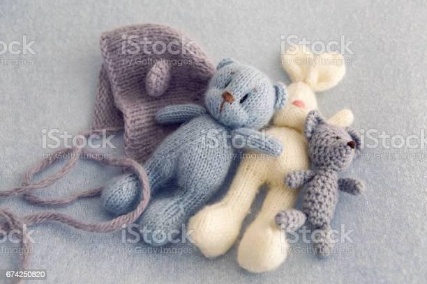 Three soft toy bears picture id674250820?b=1&k=6&m=674250820&s=612x612&h=bi5j74votnghsyyfx svqf2tdskwte17 ipsxx 8fe4=