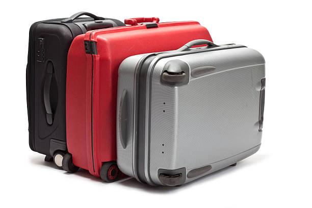 Drei Koffer auf weißem Hintergrund – Foto