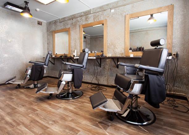 理髪店のための 3 つの職場 - 美容院 ストックフォトと画像