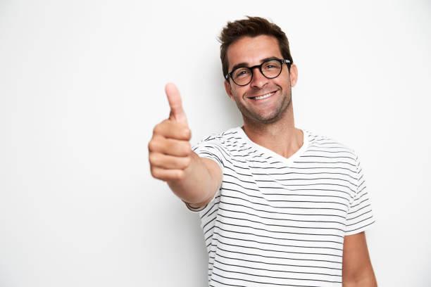 dostum yaşasın - thumbs up stok fotoğraflar ve resimler