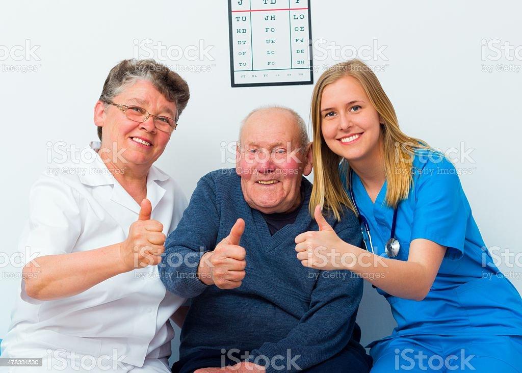 Daumen hoch für modernen Health Care System – Foto