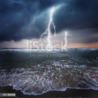 istock Thunder on the ocean 154189358