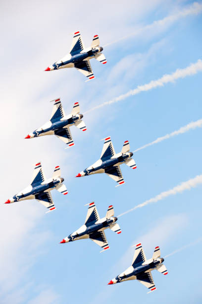 usaf thunderbirds in flight - airshow stock photos and pictures