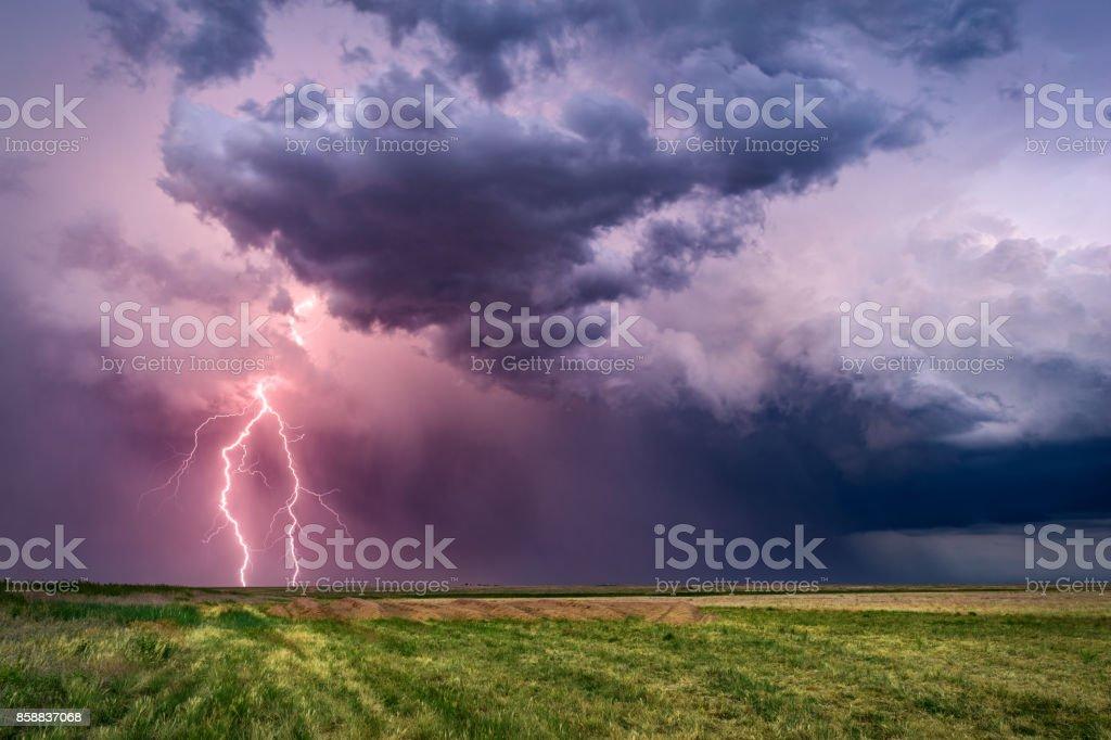 Gewitter mit Blitzen – Foto