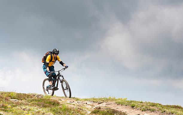 Thundery mountainbiking im Carinthian Mountains, Österreich – Foto