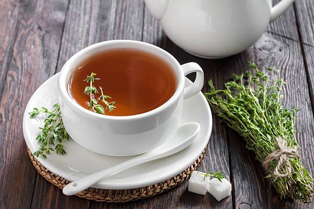 macierzanka tymianek herbaty - herbata ziołowa zdjęcia i obrazy z banku zdjęć