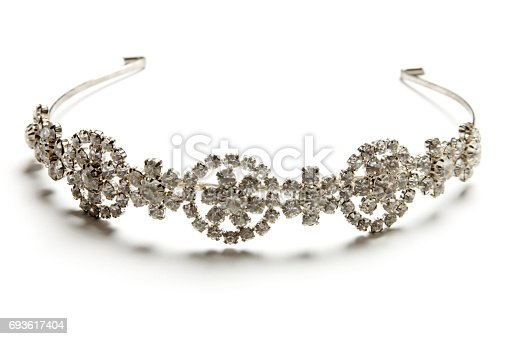 istock tiara 693617404