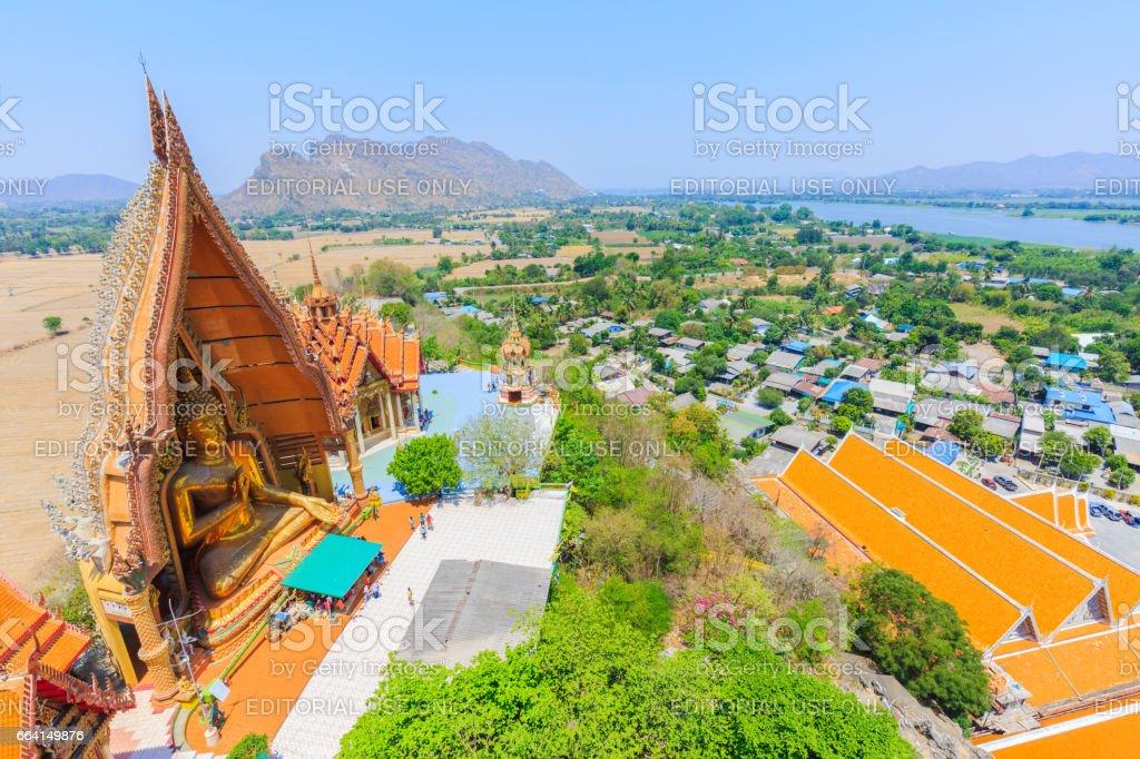 KANCHANABURI, THAILAND – APRIL 7, 2017 : Tiger Cave Temple (Wat Tham Sua), Tha Muang, Kanchanaburi, Thailand. foto stock royalty-free
