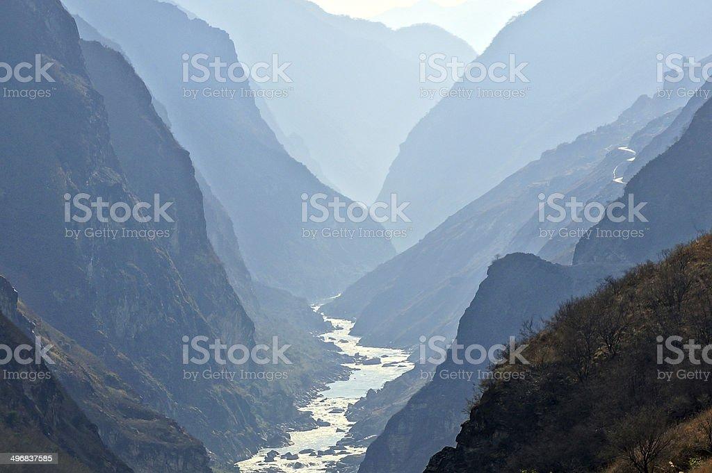 Tiger Leaping Gorge (hutiaoxia) near Lijiang, Yunnan Province, China stock photo