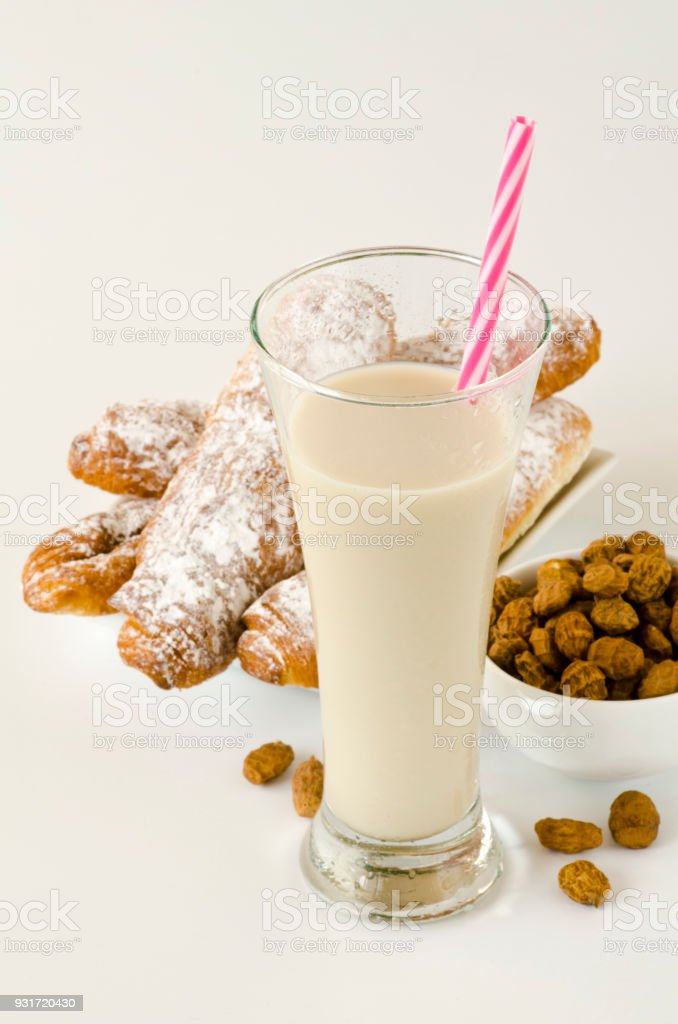 recipe: tiger nuts horchata [33]
