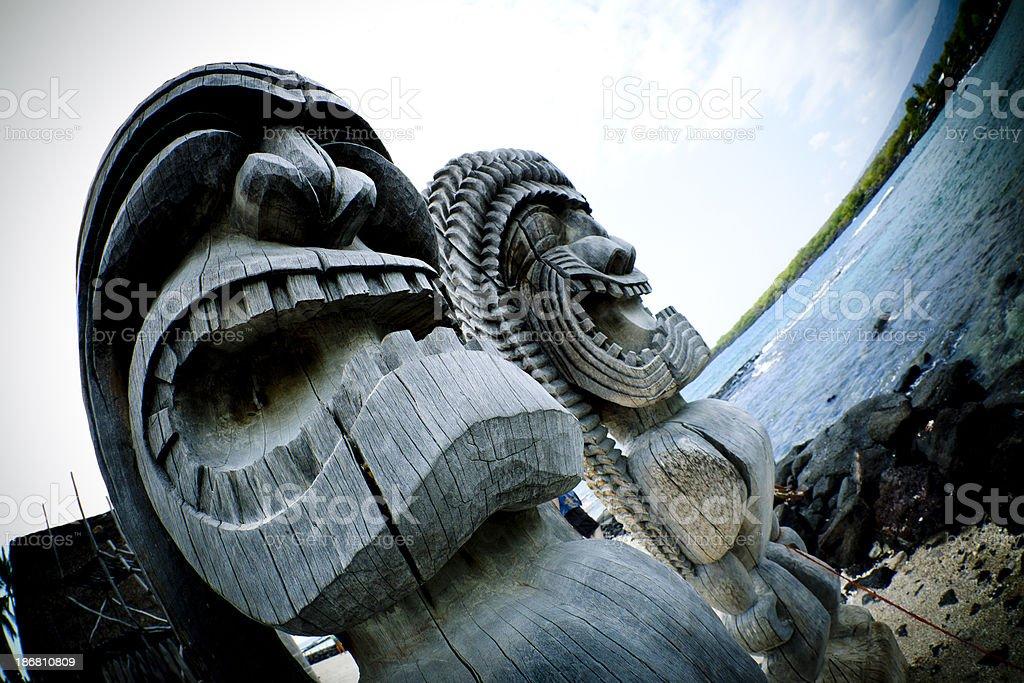 Tiki Statue at Pu'uhonua o Honaunau stock photo