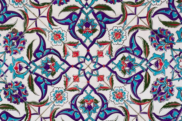 fliesen und keramik der osmanischen stil - türkische fliesen stock-fotos und bilder