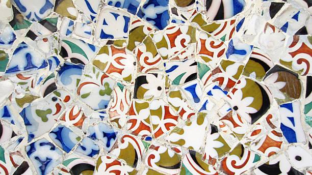 Azulejos parque güell por Antonio gaudí - foto de stock