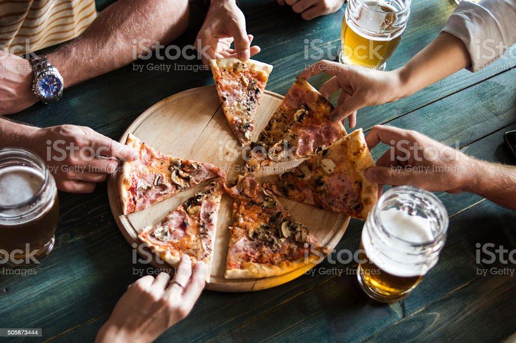 Heure de la pizza ! - Photo