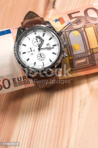 istock Time is money 174978125